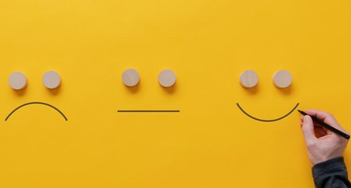 5 elementos imprescindibles de una política de comentarios eficaz